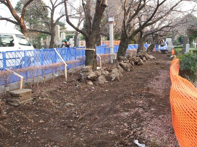 Aoyama cemetery, Foreign section, construction